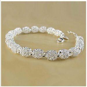 New .925 Sterling Silver lobster clasp bracelet 💕